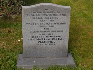 T L Wilson's gravestone in Upminster churchyard