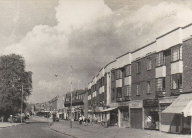 Corbets Tey Rd shops Fitzwilliam 4371a