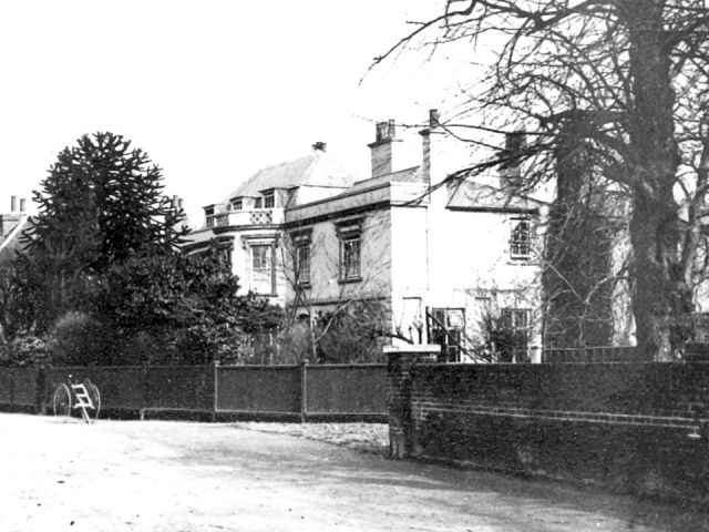 West Lodge - Bow Villa (R Moorey)