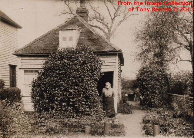 Gates Ivy Cottage v2